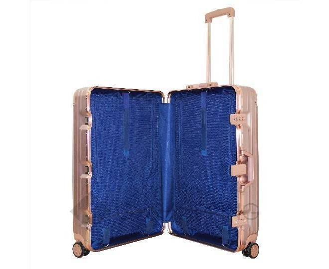 Пластиковый чемодан на колесах золотой РС151 5,4кг, фото 5