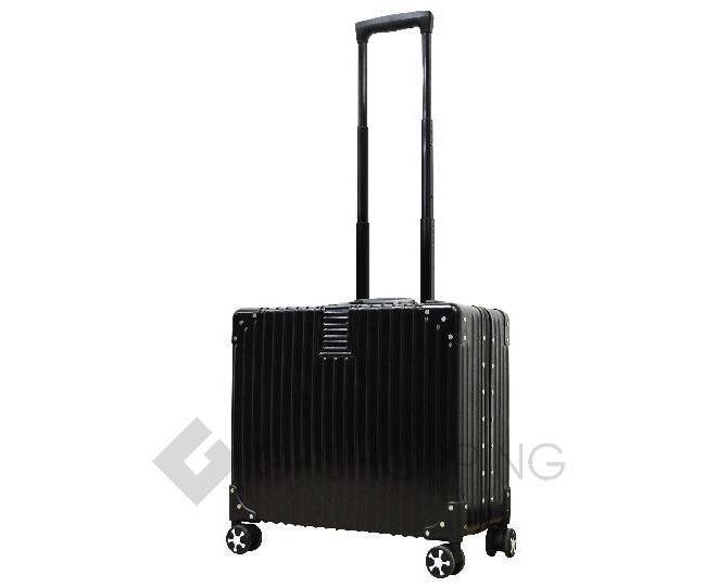 Пластиковый чемодан на колесиках черный DL068 3,7кг